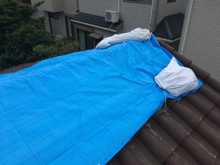 大阪台風ブルーシート20180909-1の画像