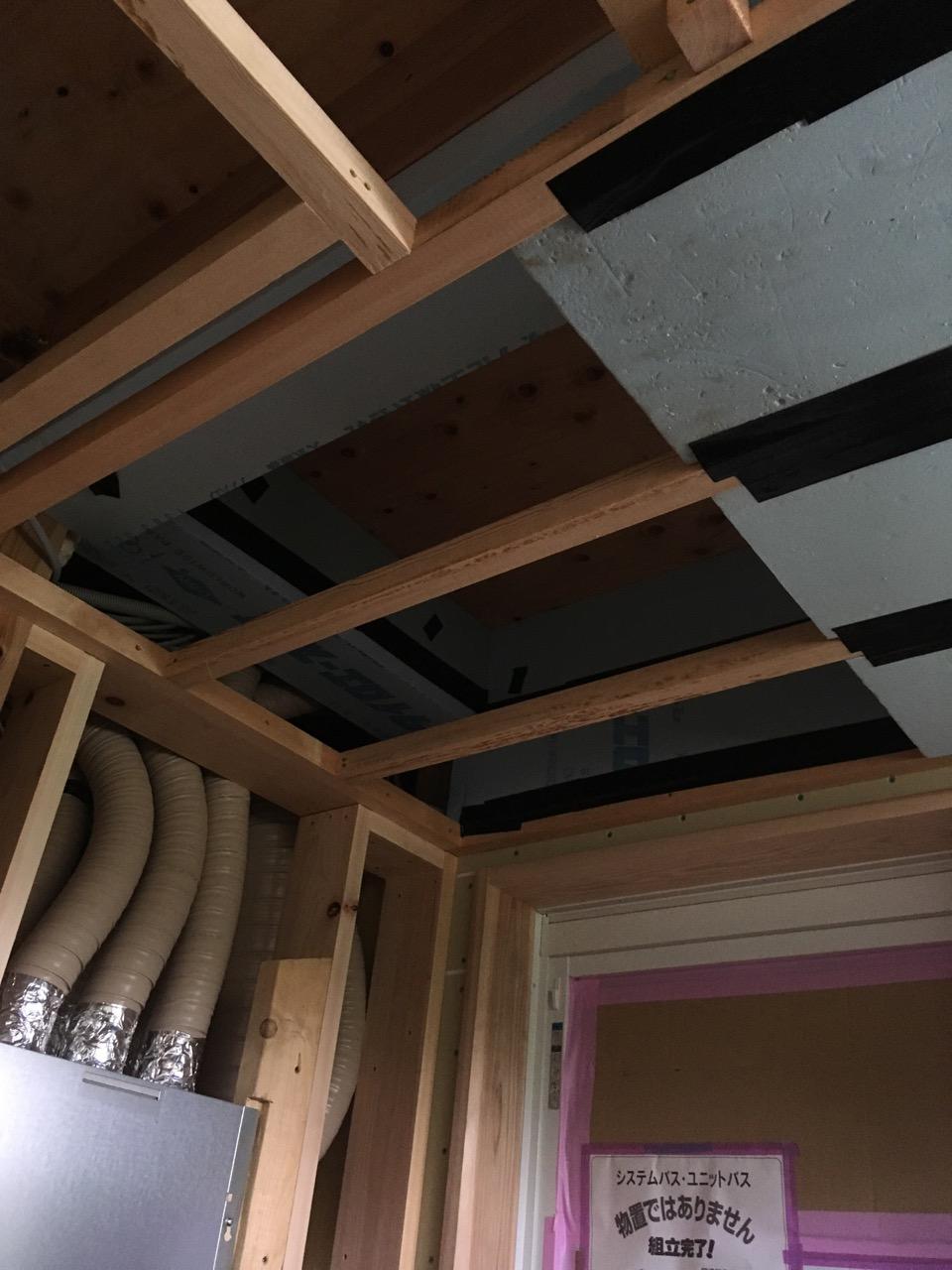 階間エアコン施工320190916の写真です