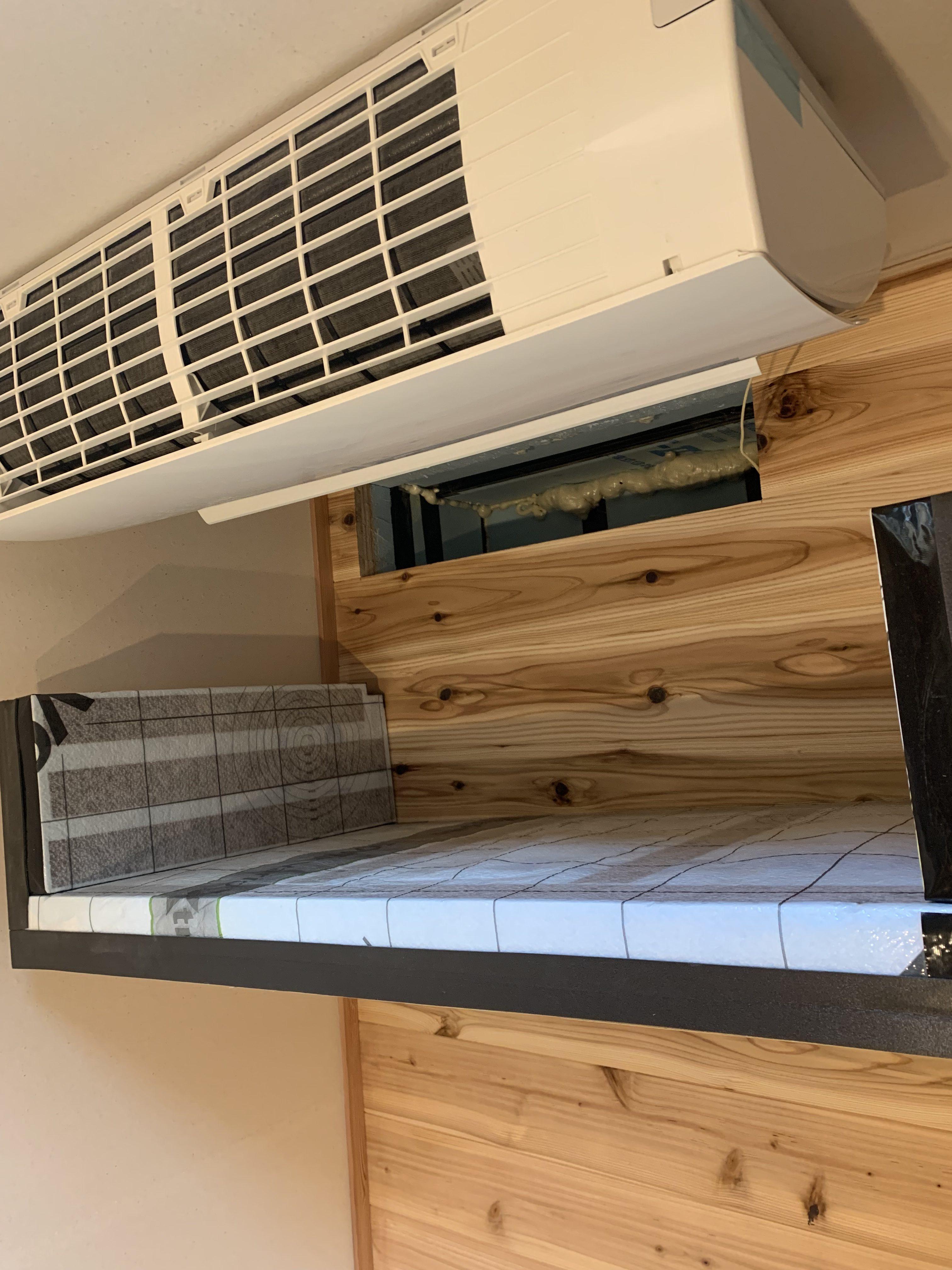 階間エアコン施工写真2